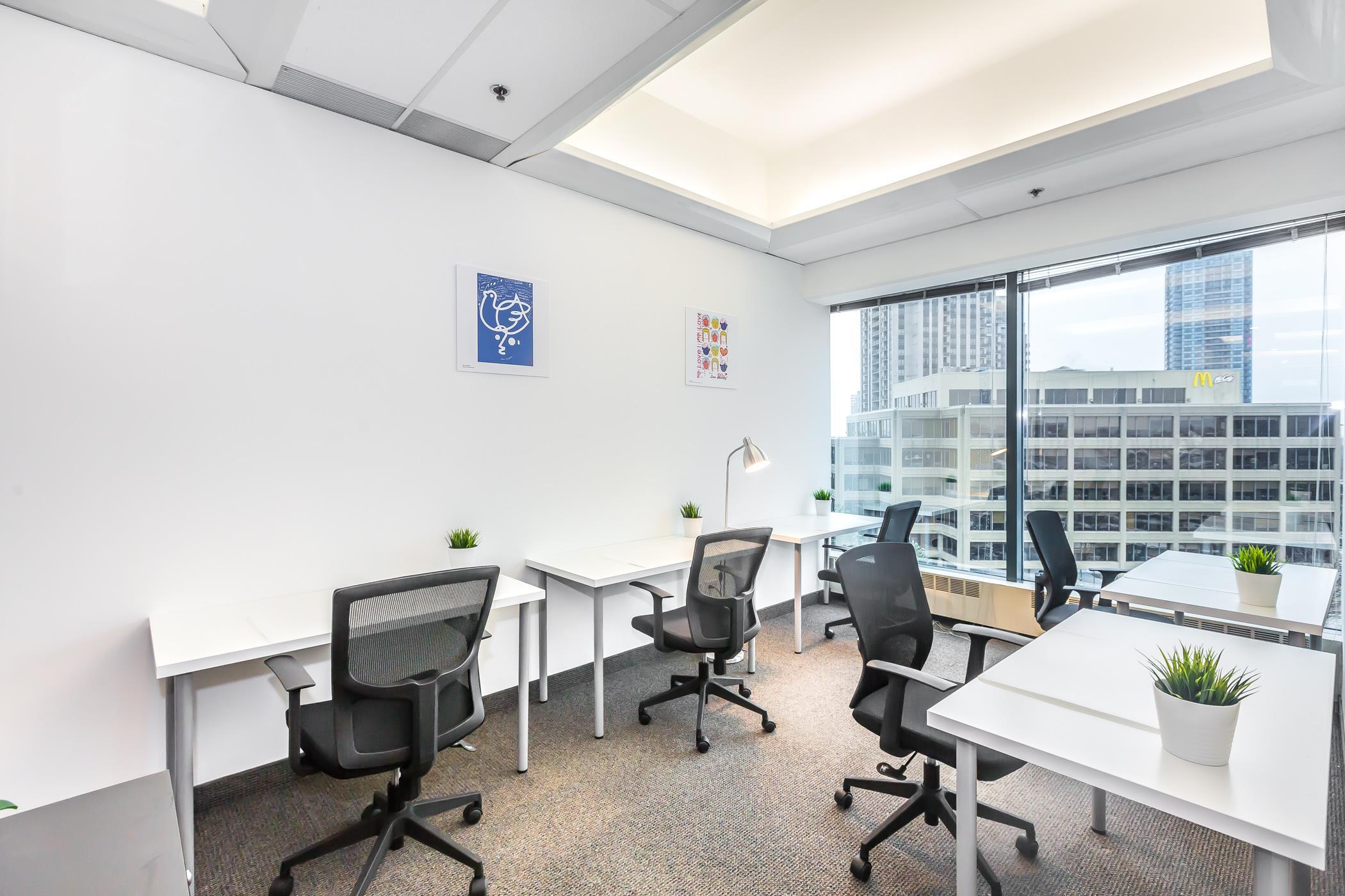 Sci Innovation Centre - Open Desk 1