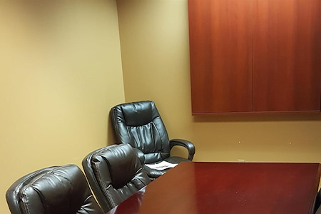 The Proplex at Noland Plaza - Small conference room