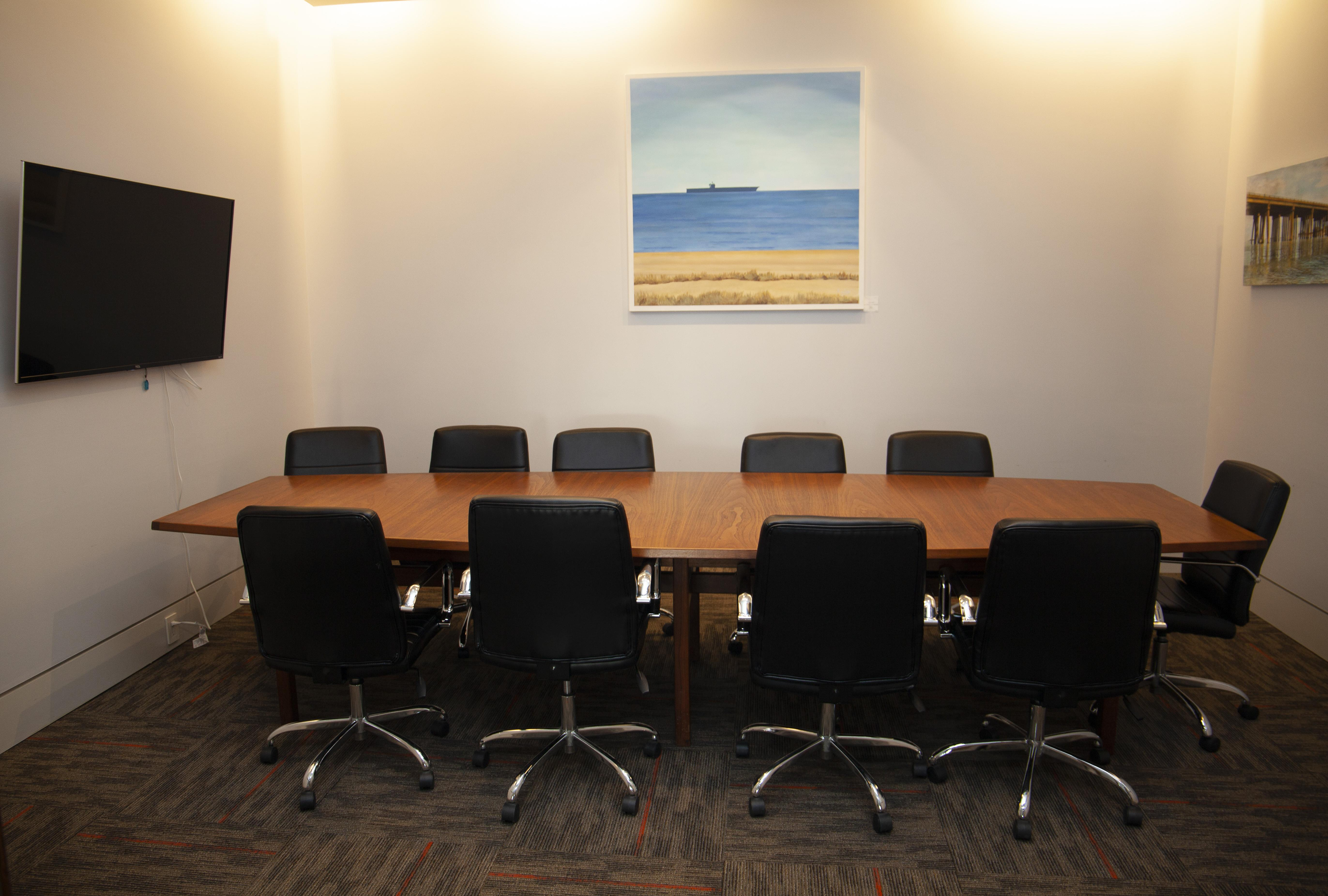 1701 - Virginia Beach Coworking, Meeting & Event Space - Jamestown Room (Conference Room)