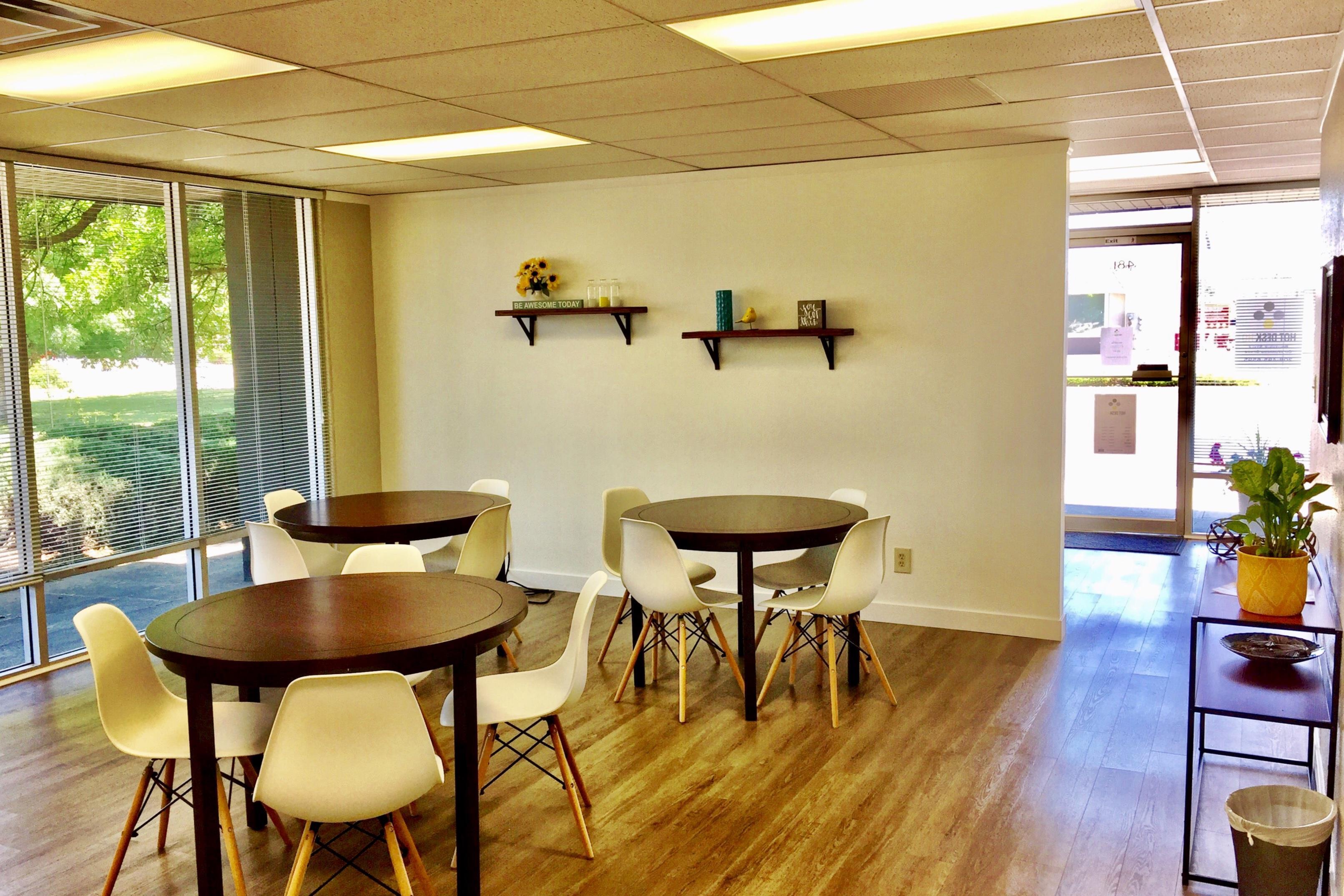 Hot Desk HQ - Hot Desk Plan-High