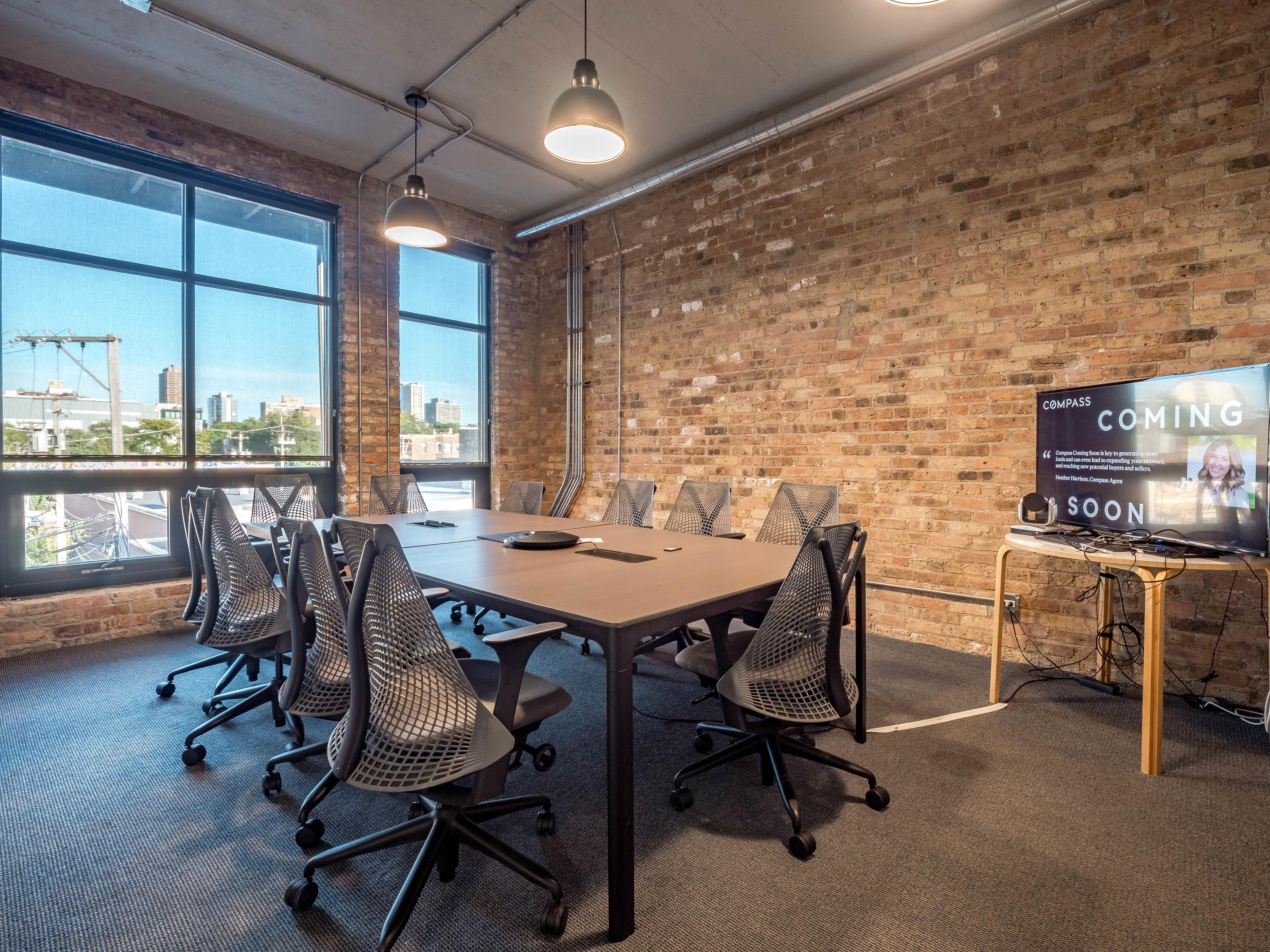 DeskLabs - The Conference Room