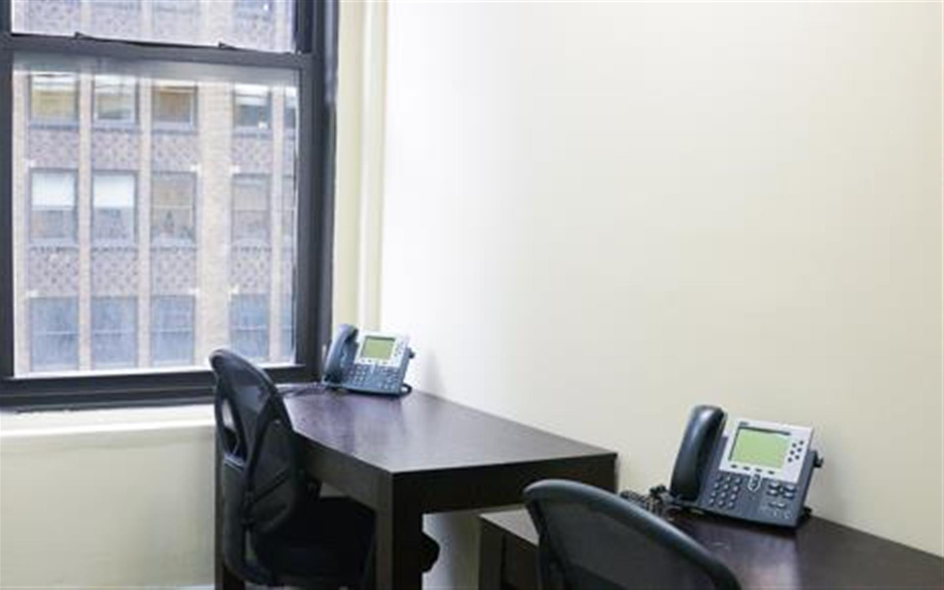 Jay Suites Penn Station - Windowed Office Suite Facing Broadway