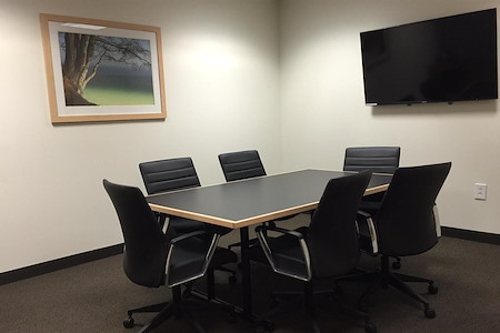 Intelligent Office RXR Plaza (Uniondale) - Meeting Room 1