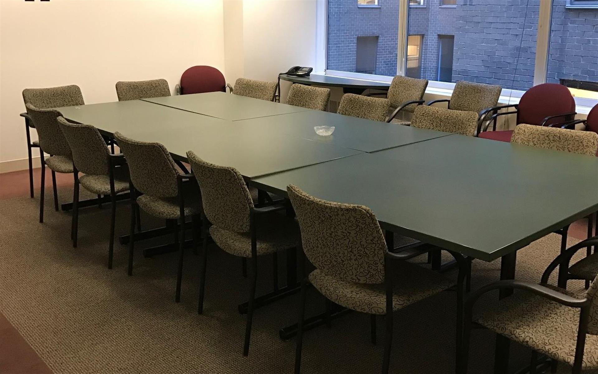 Source Office Suites - Farragut Square - Seminar Room