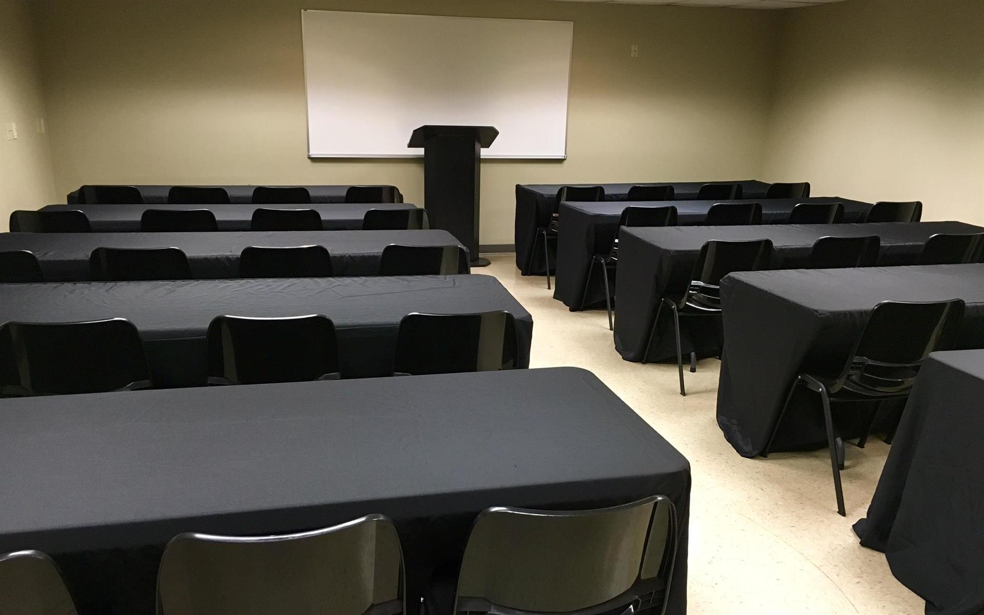 Union Centre Executive Offices and Conference Center - Classroom / Seminar - 1035