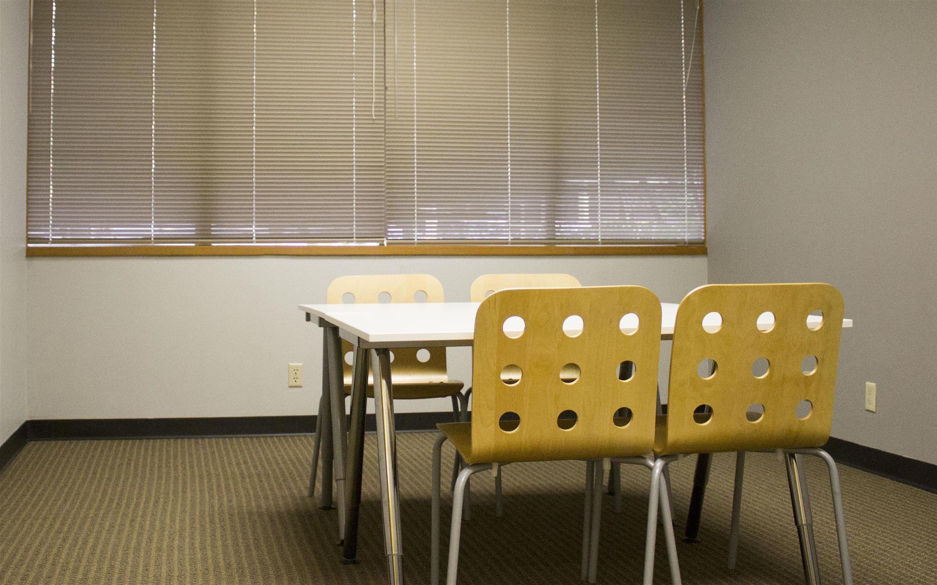 Overlake PS Business Park (Bld 17) - Venus - Training Room