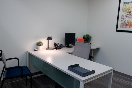 Office Evolution - Jacksonville - Day Office 1