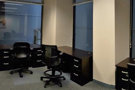 Chicago Virtual Office - 2 person office - exterior