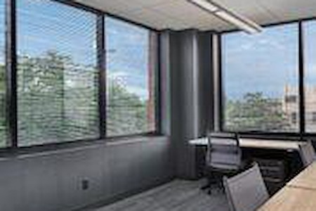 ESPACES Chattanooga - Large Office