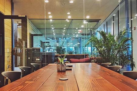 Bridgeworks LLC - Premium Conference Room