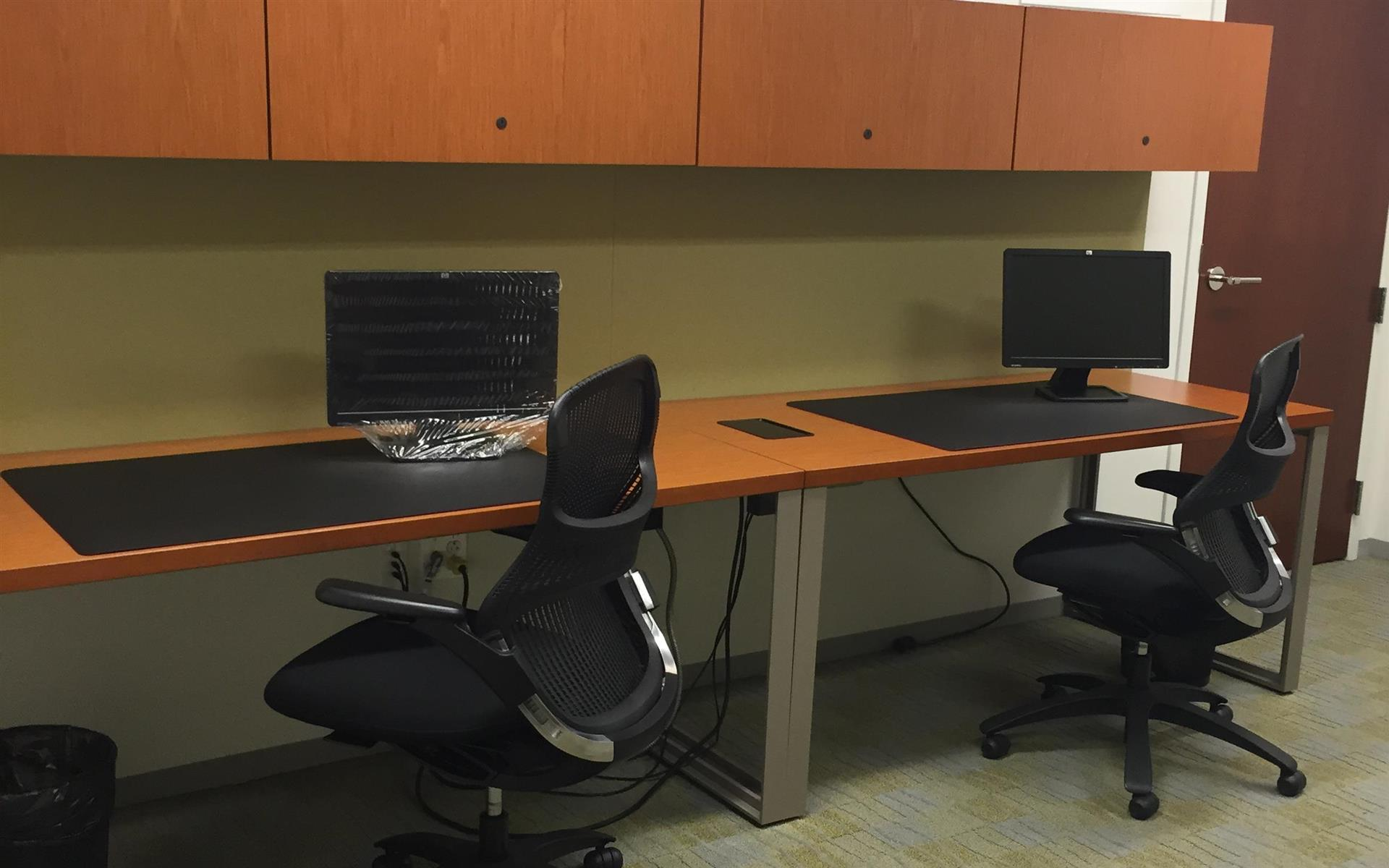 Carr Workplaces - Aon Center - Private Interior Office for 2 People