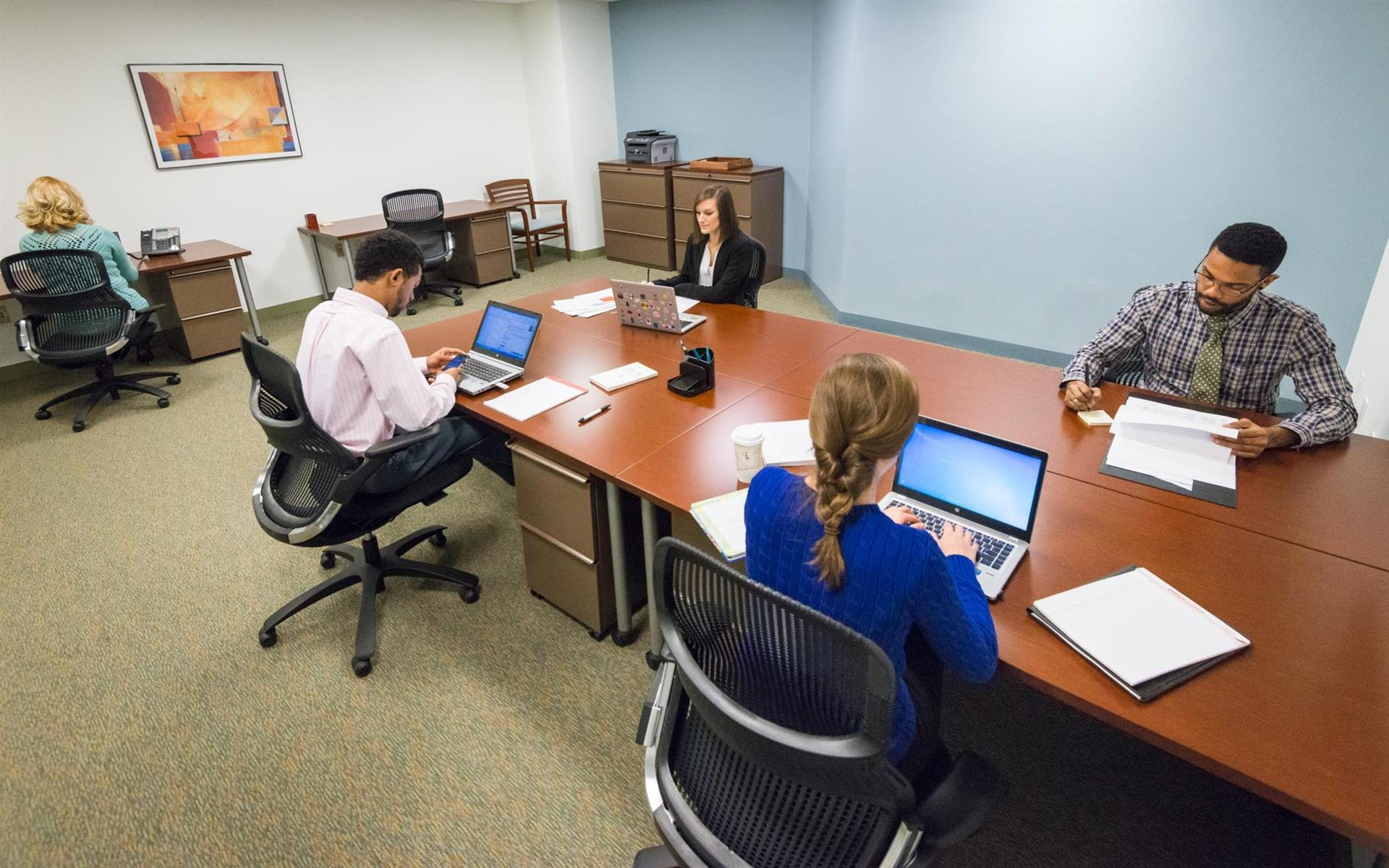 Carr Workplaces - Bethesda - Office 251 - Large Team Room