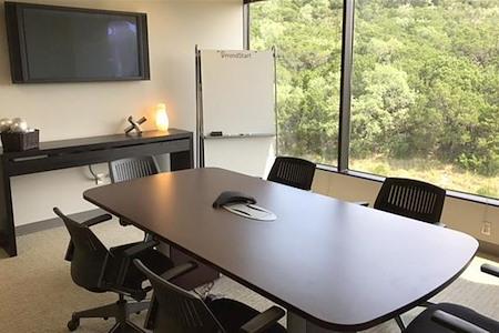 Bridgepoint - Overlooking Lake Austin - Modern Conference Room