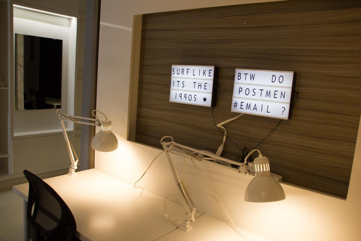 StartWell - Hot Desk