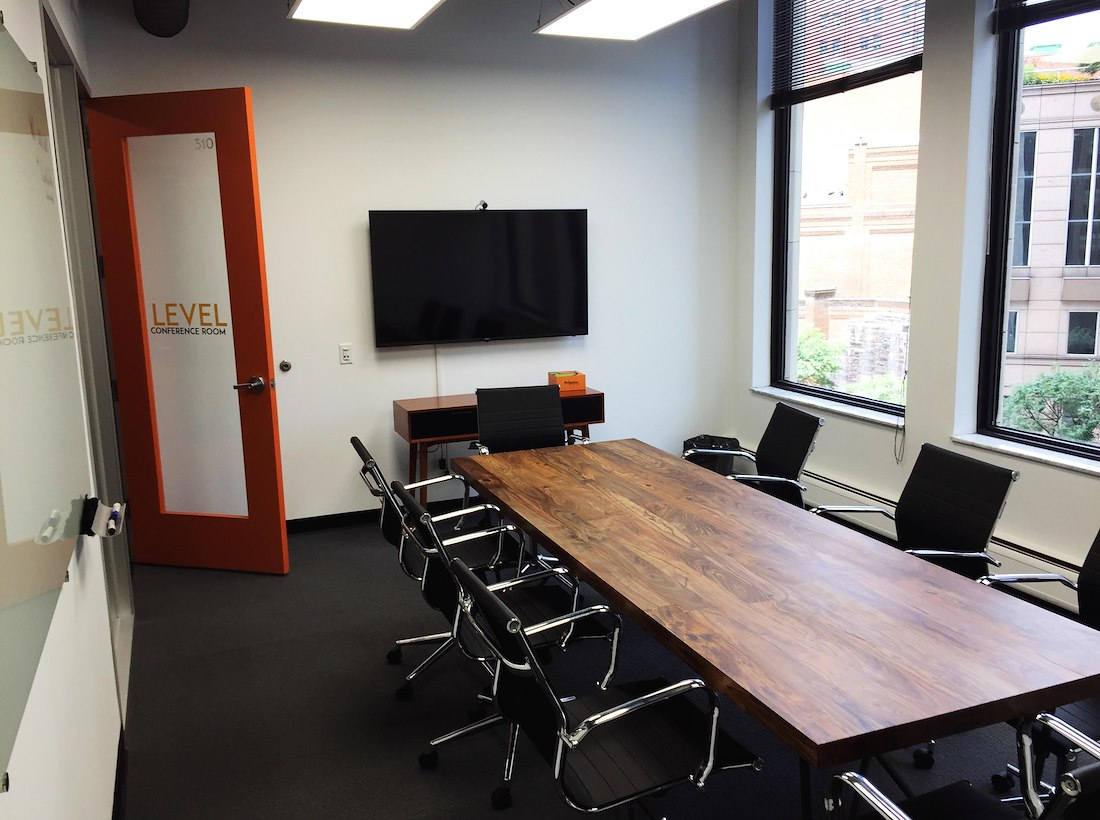 private meeting room for 8 at novel coworking golden triangle