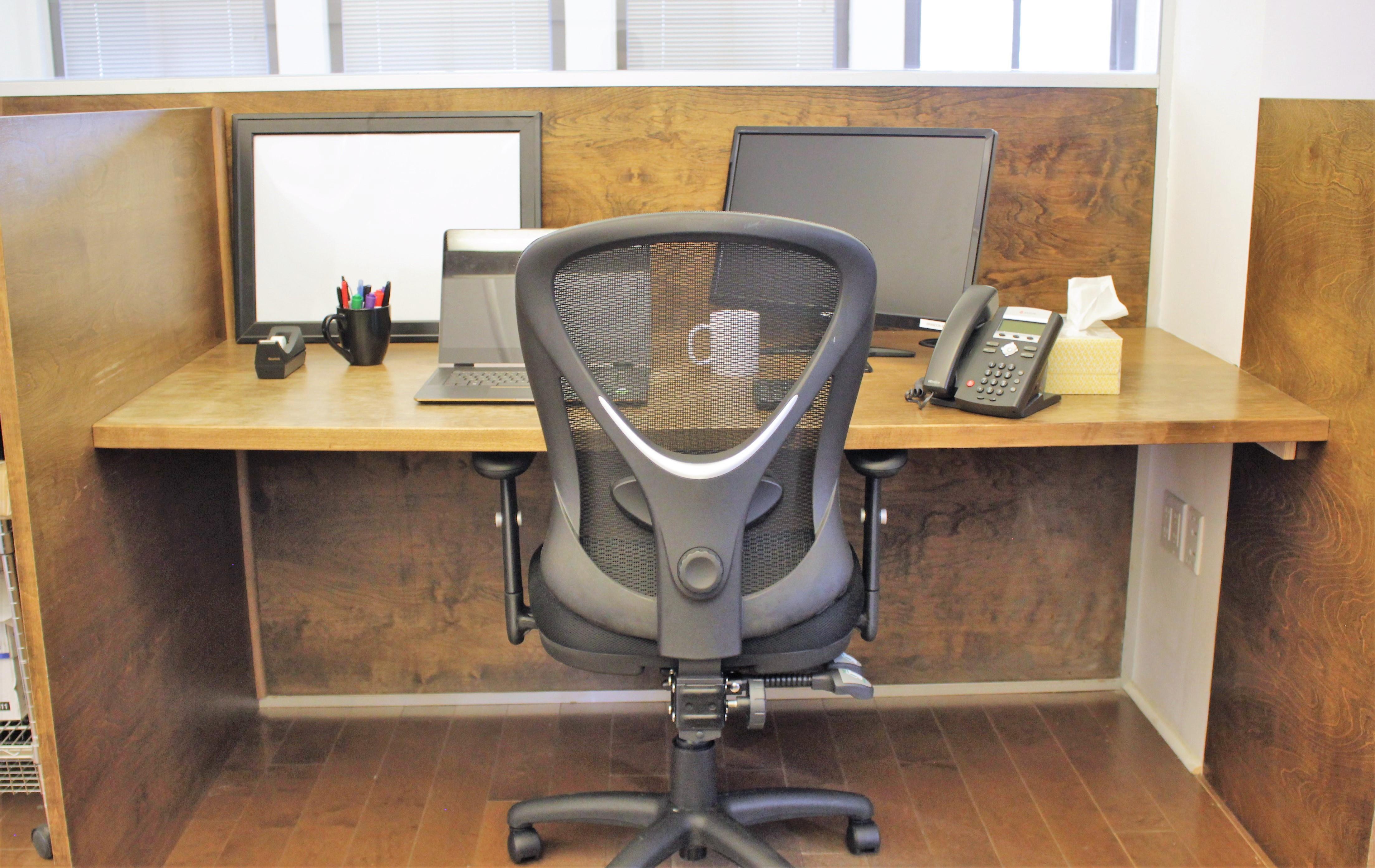 TTI Hot Desks - Hot Desks