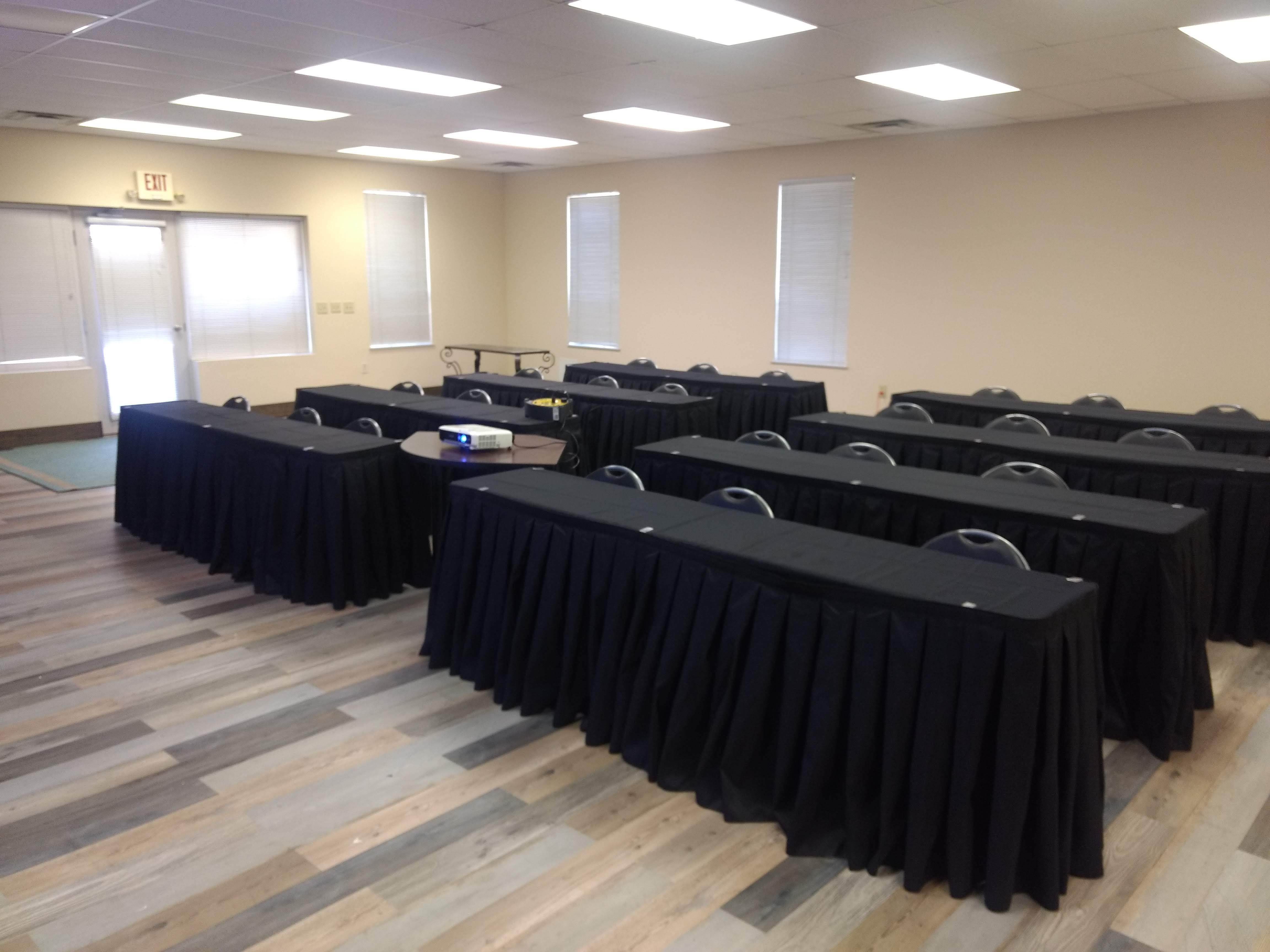Summit Financial Group - Meeting Room