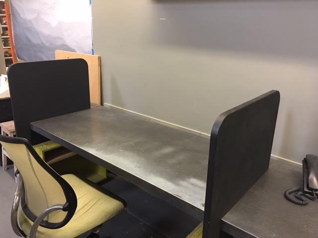 Ilan Dei Studio - Dedicated Desk 1