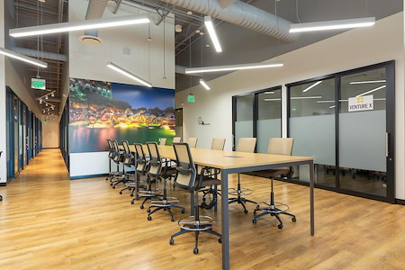 Venture X | Las Colinas - Shared Desk