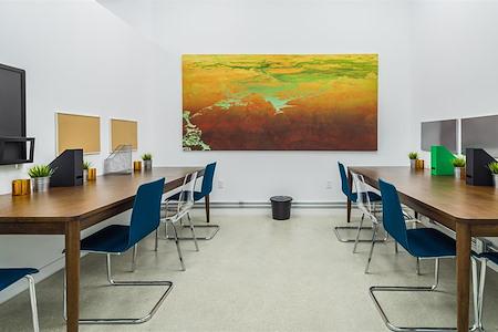 Carbon Wynwood - Open Desk Space