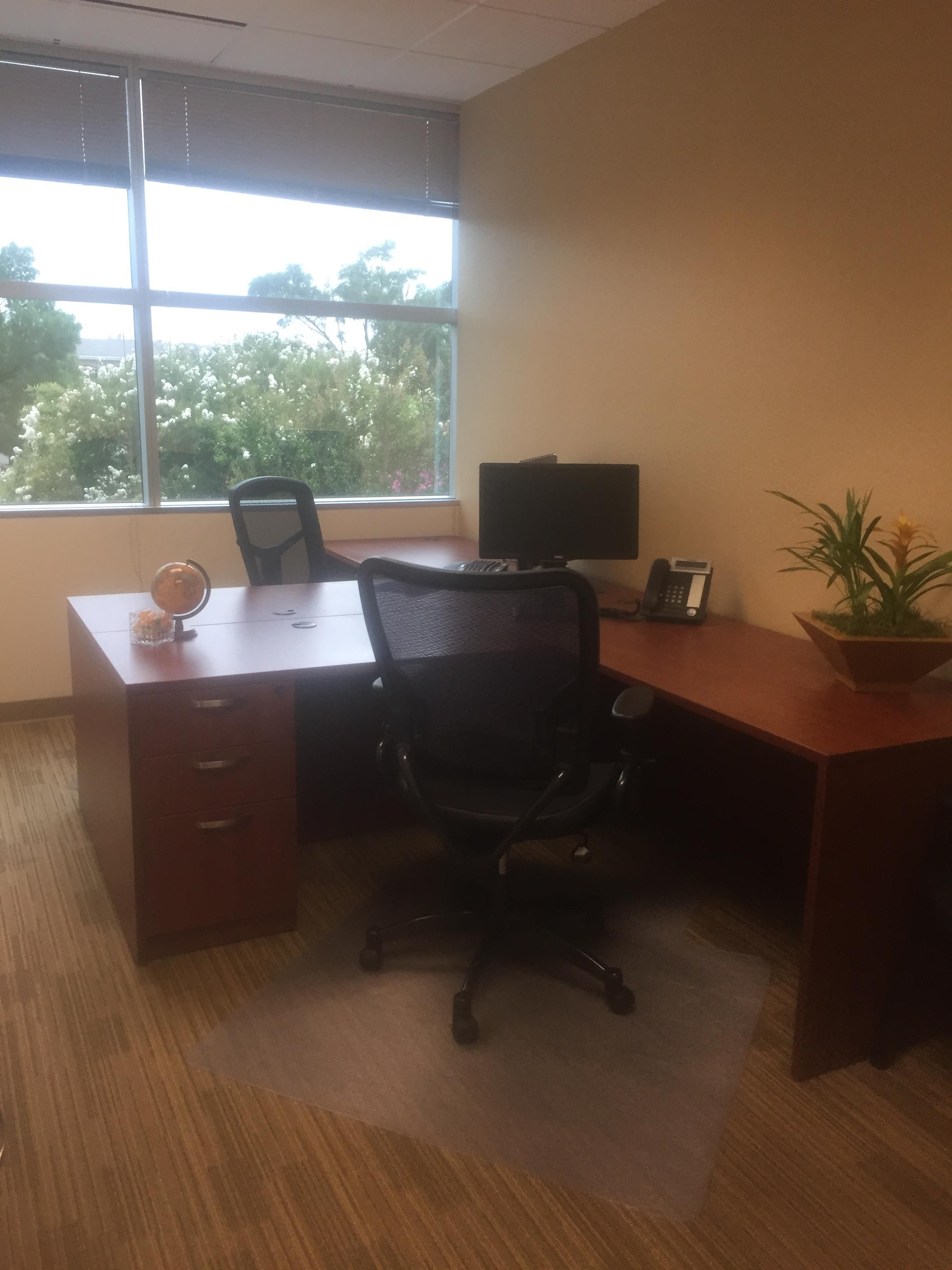 Pleasanton Business Solutions - 3 person Corner window Office
