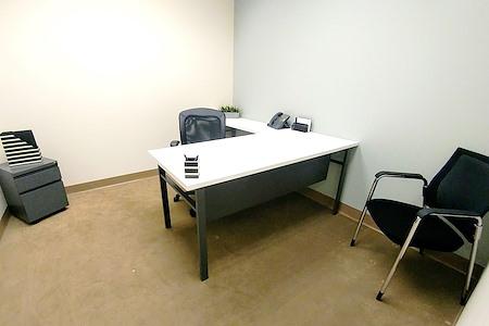 (ALN) One Allen Center - Contemporary Office, All-Inclusive Price