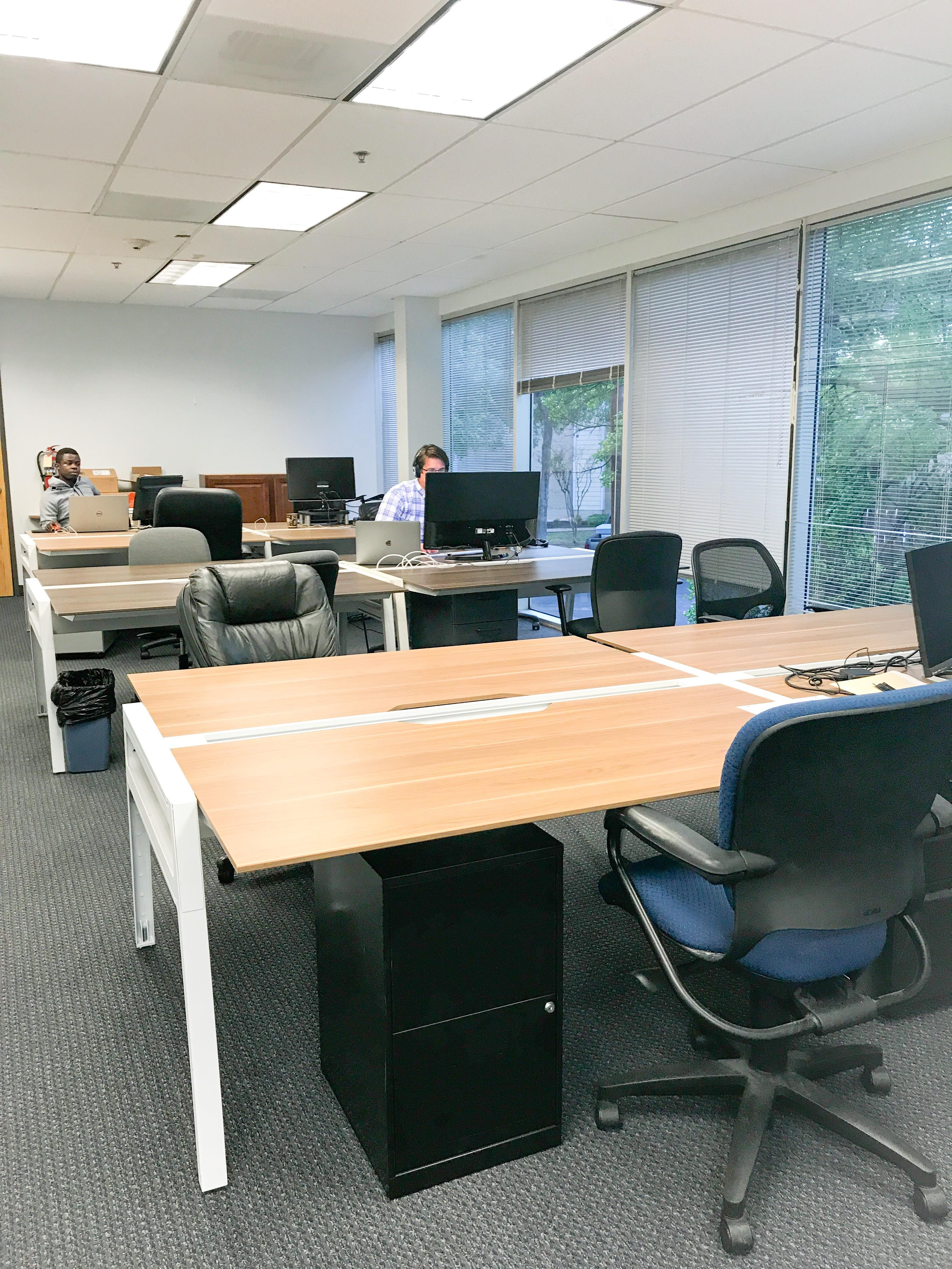 Duo Works - Full Time Desk - Day Pass