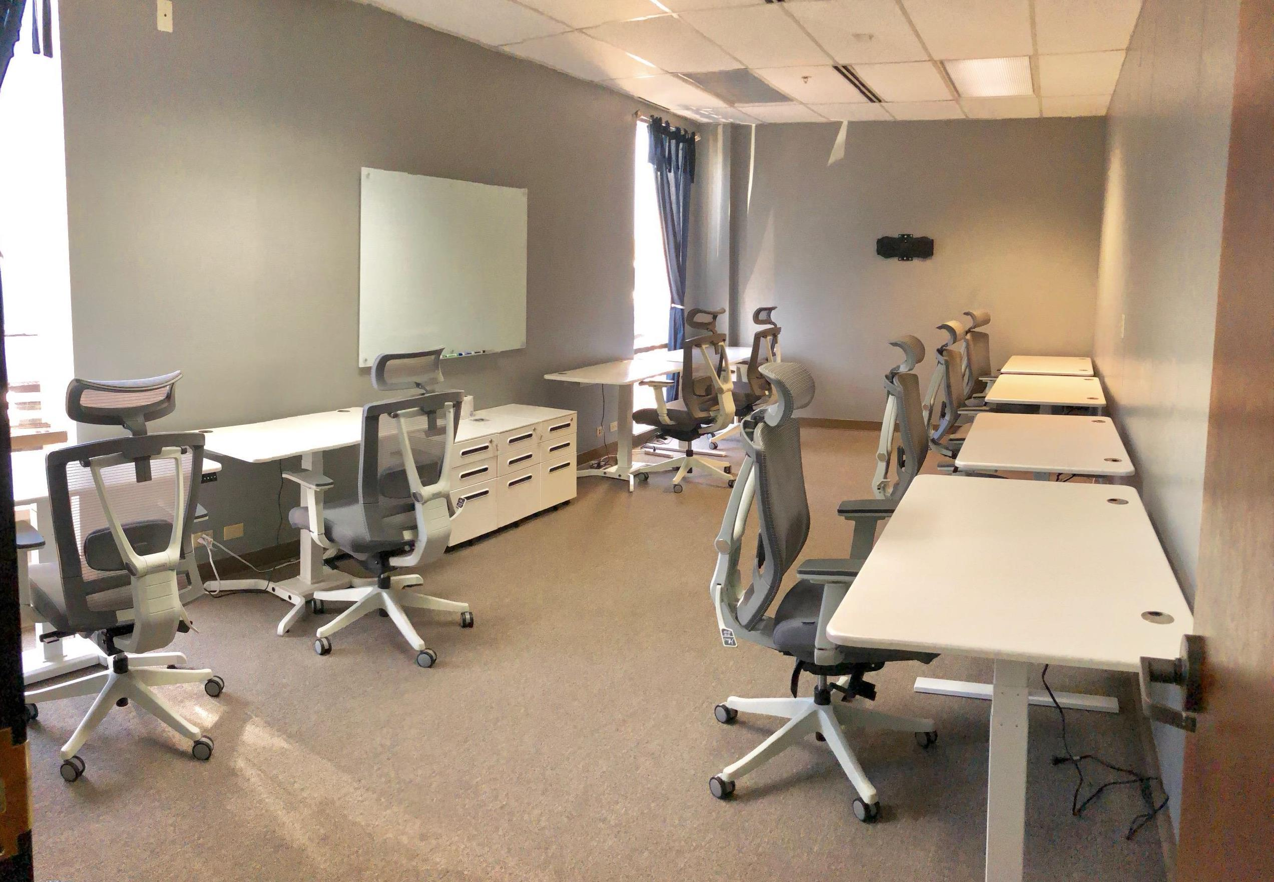 Innerstate - Office for 8-9