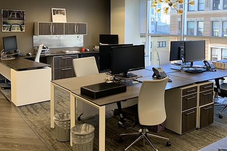 Trumark Urban - Dedicated Desk 1