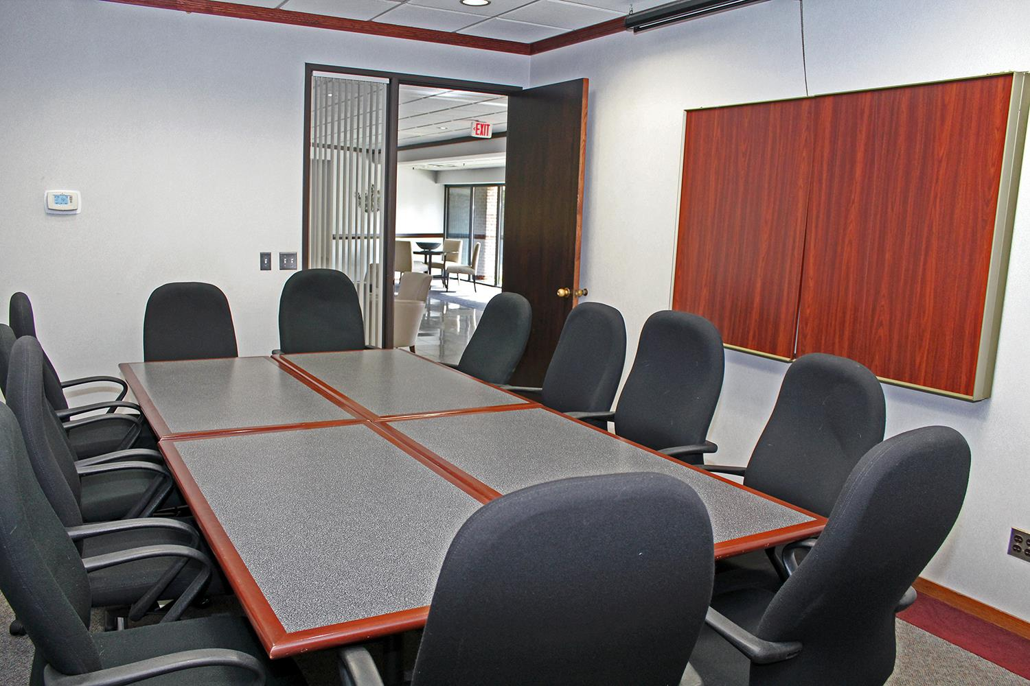 AmeriCenter of Bloomfield - Conference Room B (Executive Boardroom)