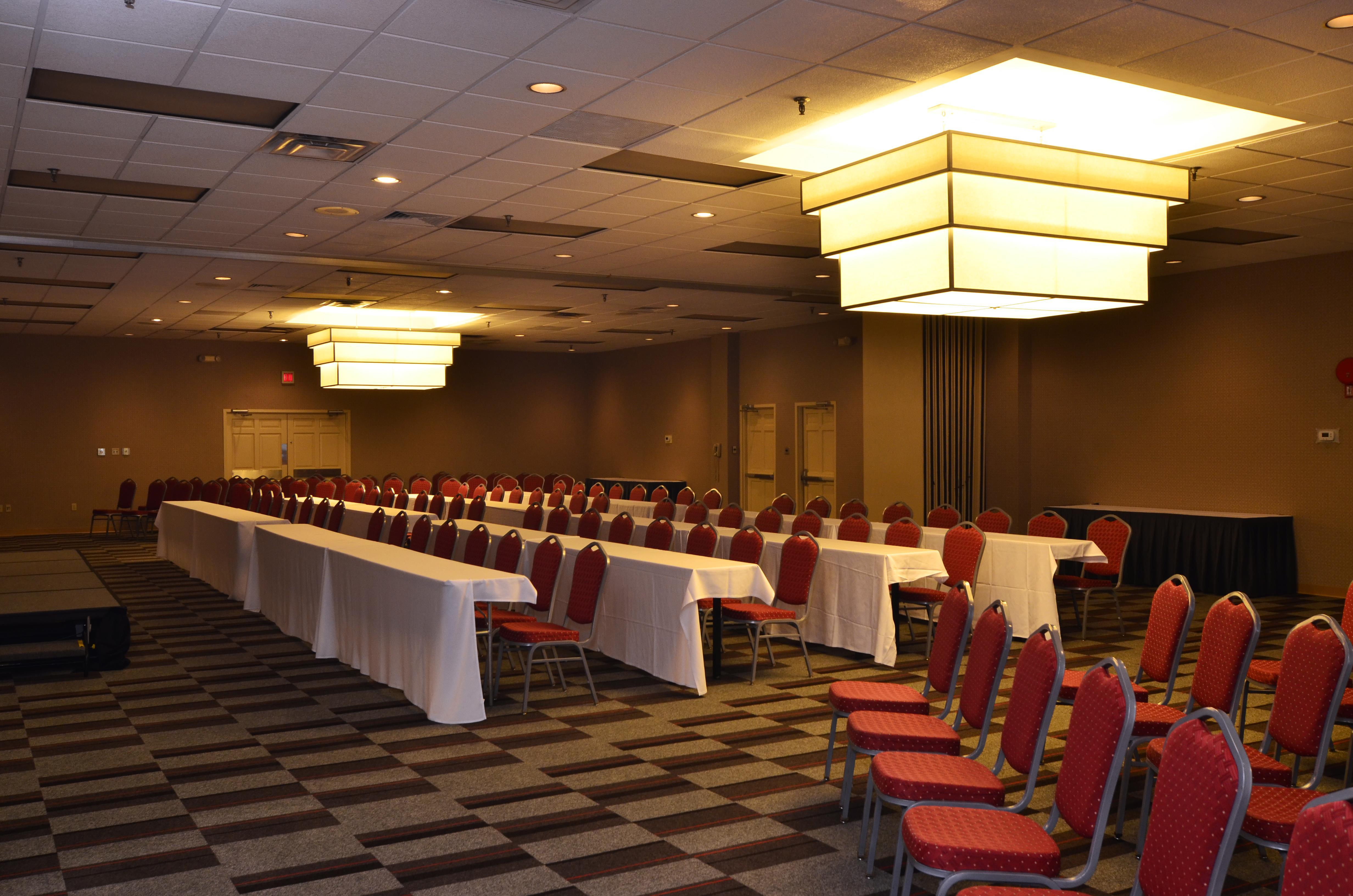 Wyndham Garden Pittsburgh Airport - Grand Ballroom