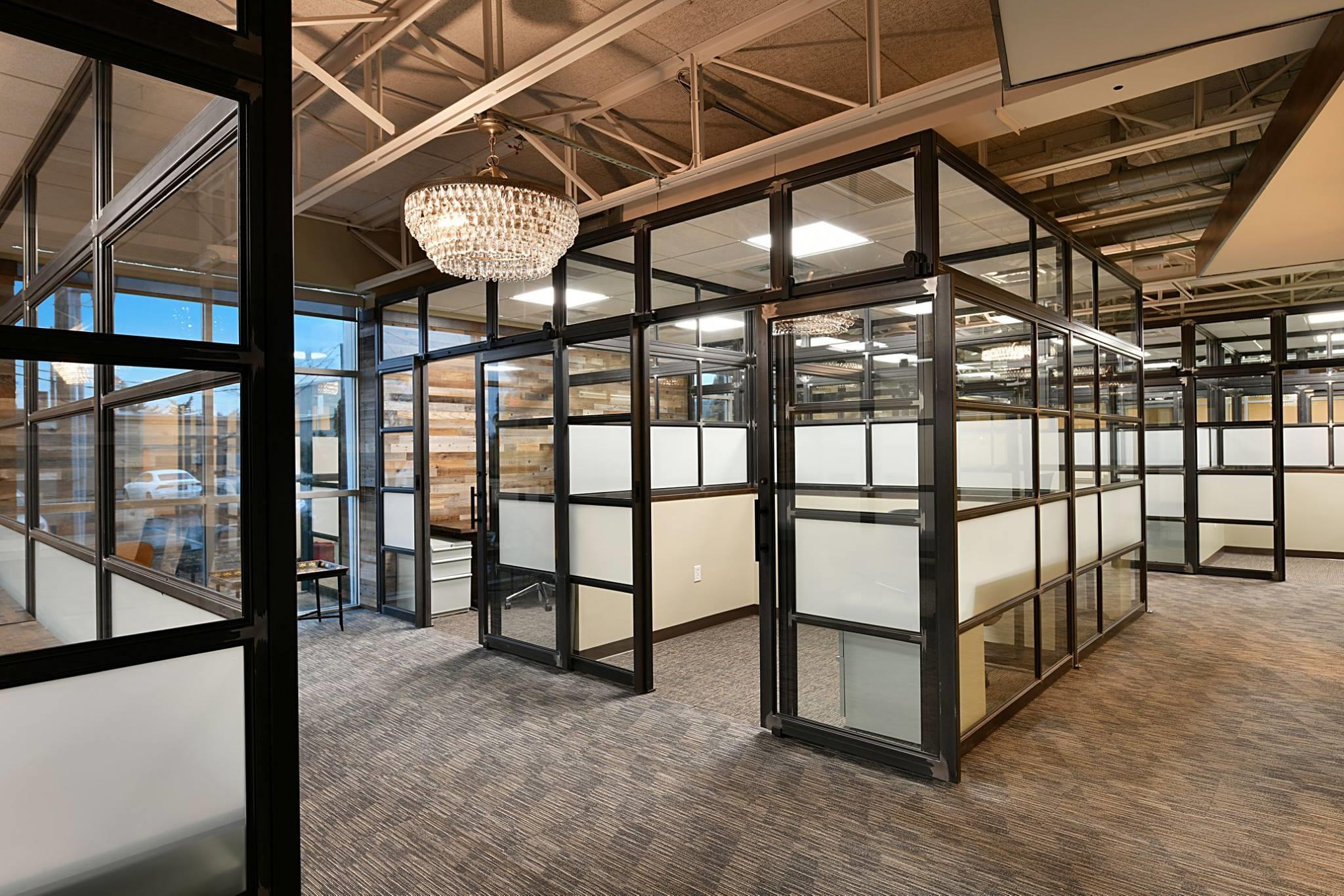 Versa - Grandview - Private Office