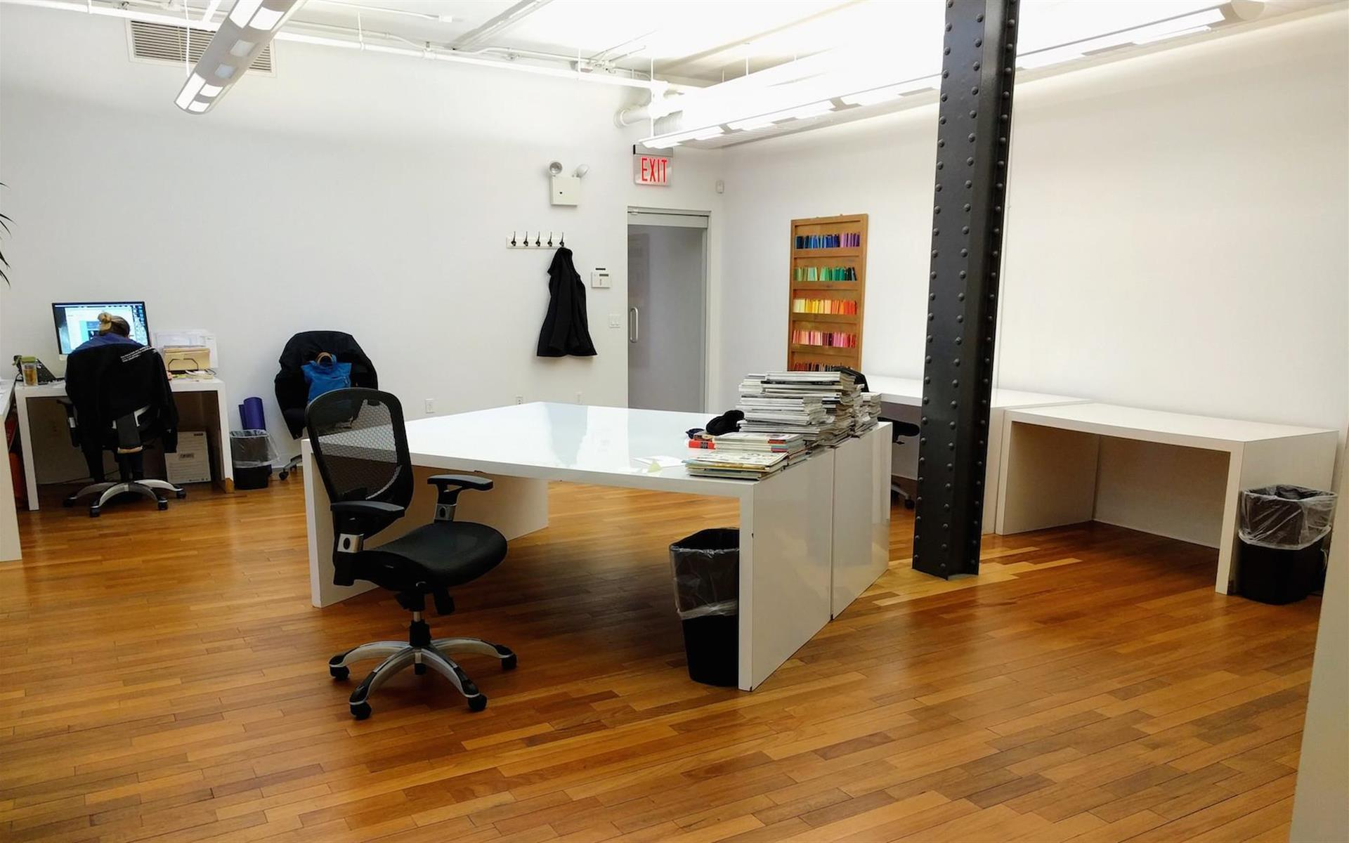 Warhaftig Associates - Dedicated Desk Space