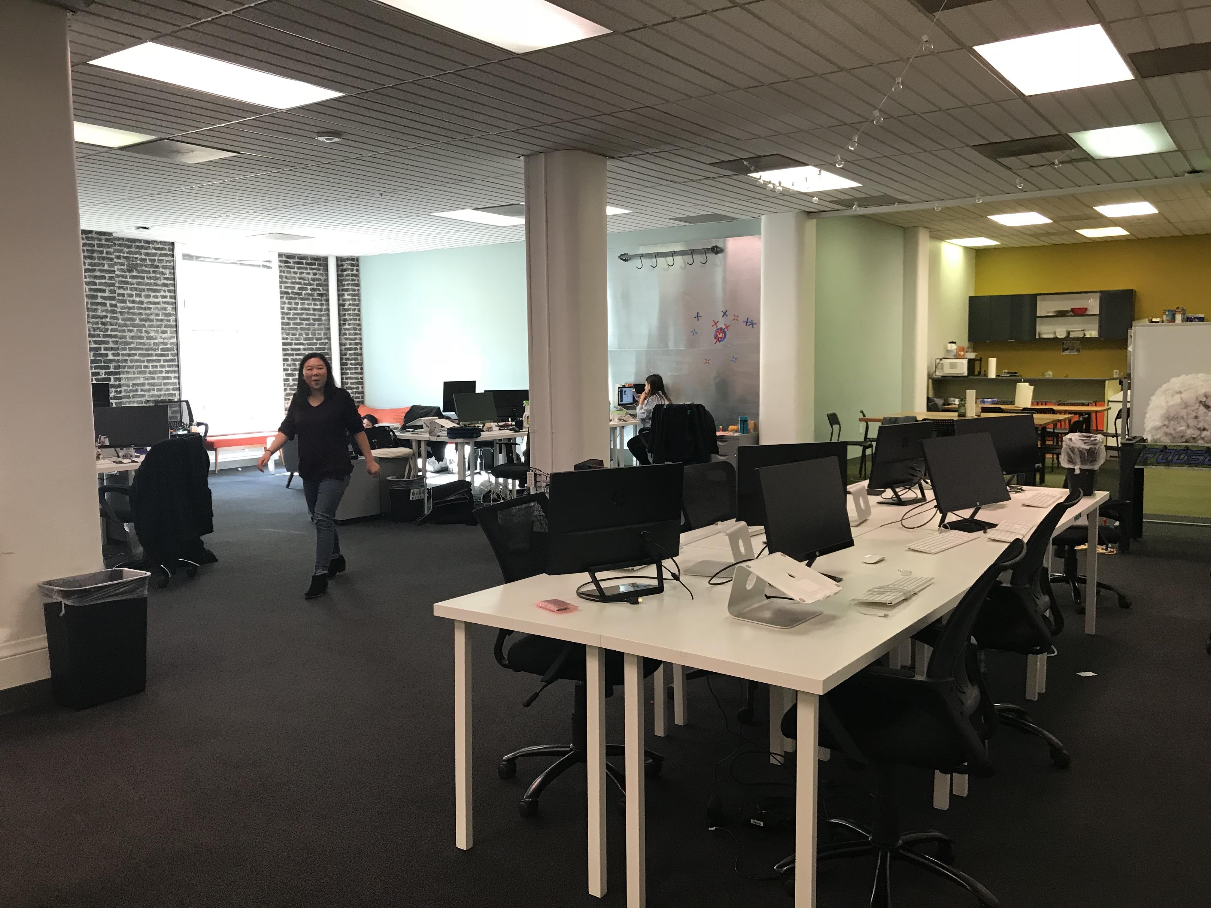 Prynt Corp - Open Desk 1