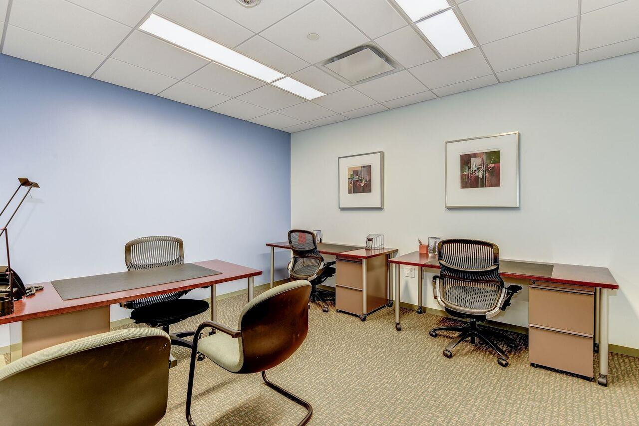 Carr Workplaces - Clarendon - Barton Day Office