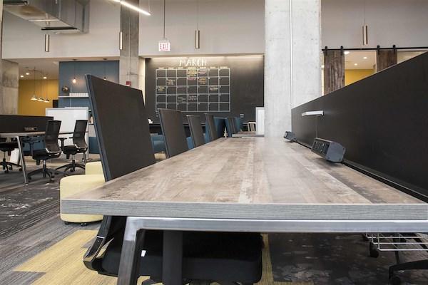 25N Coworking - Arlington Heights - Coworking Workspace - Flex Desk