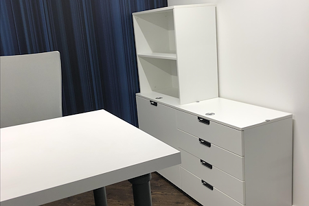Amped I - Private Office For 2