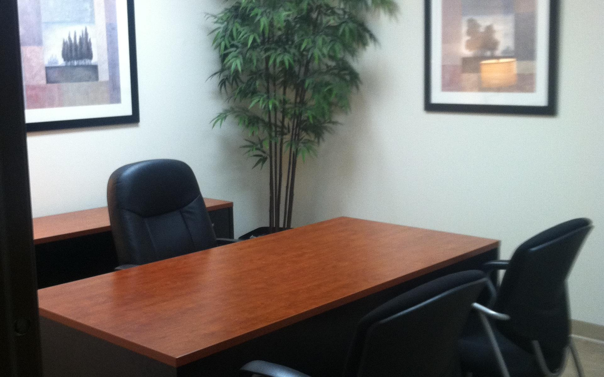 (TOR) Torrance - Interior Office