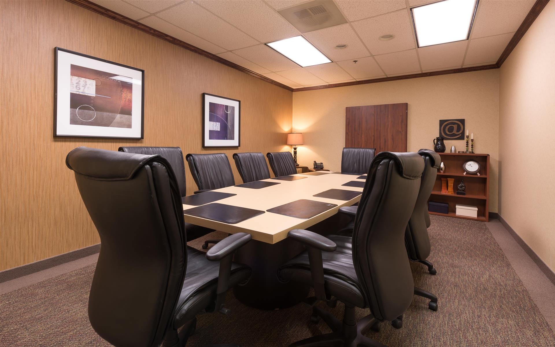 Executive Workspace @ Parkway Commons - Cotton Room
