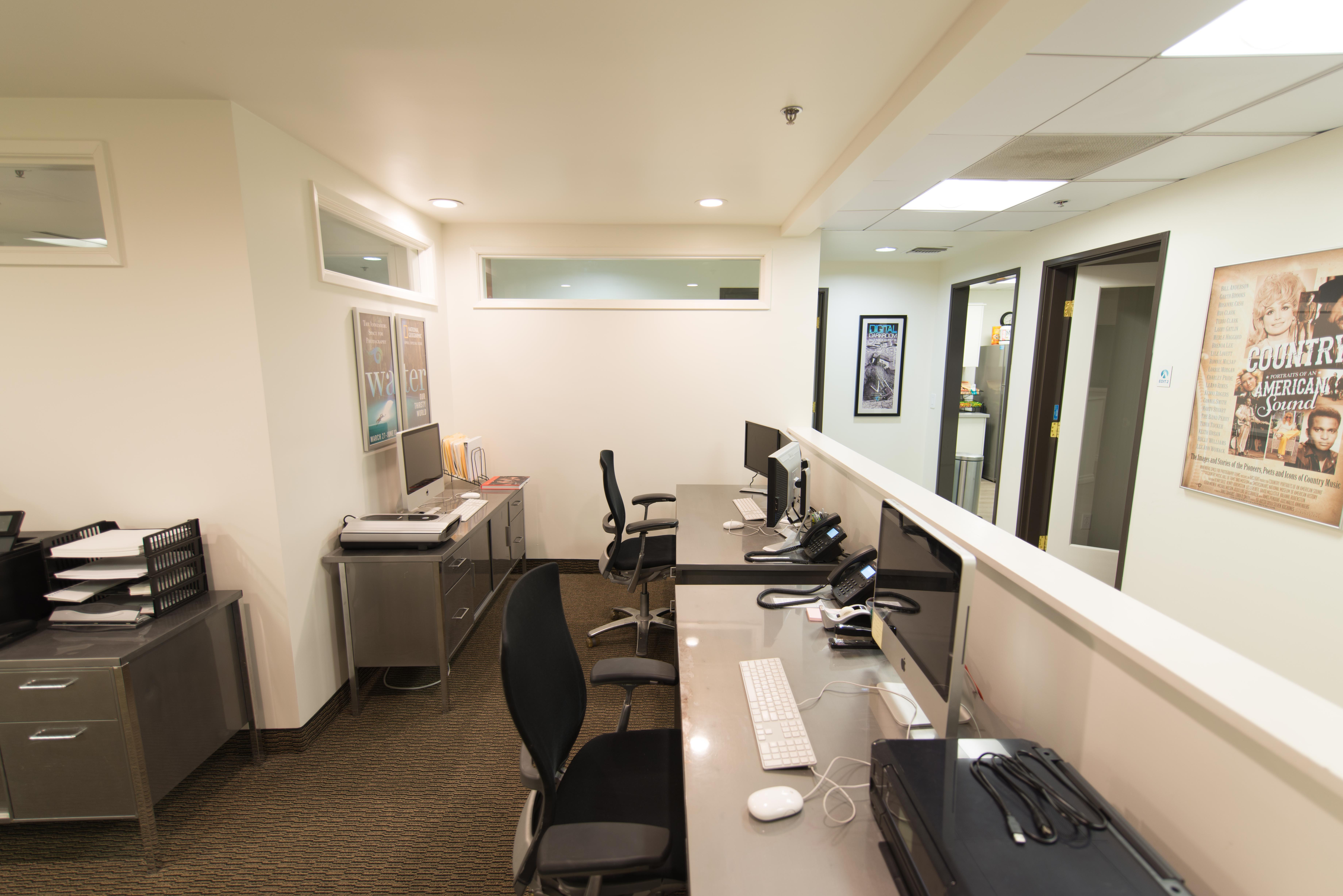 Arclight Creative Group, Inc. - Bullpen Desk 2
