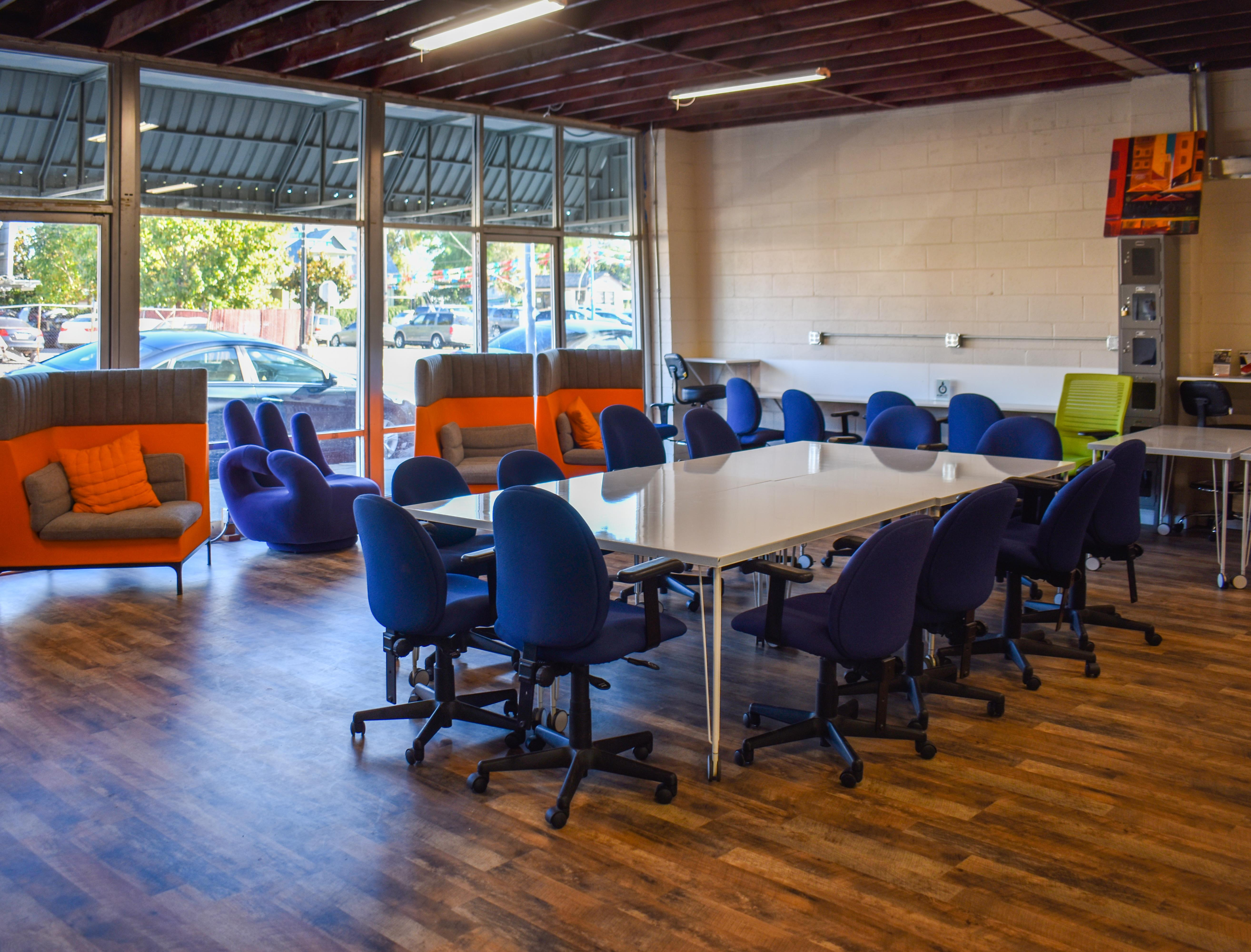 ActionSpot Co-working /Shared Office Space - Meeting Room - Open Floor Space