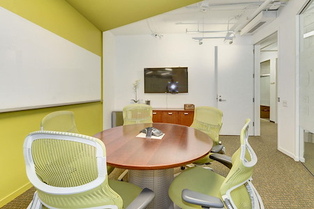 Carr Workplaces - Dupont - Redline Room