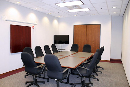 AmeriCenter of Naperville/Warrenville - Conference Room B (Executive Boardroom)