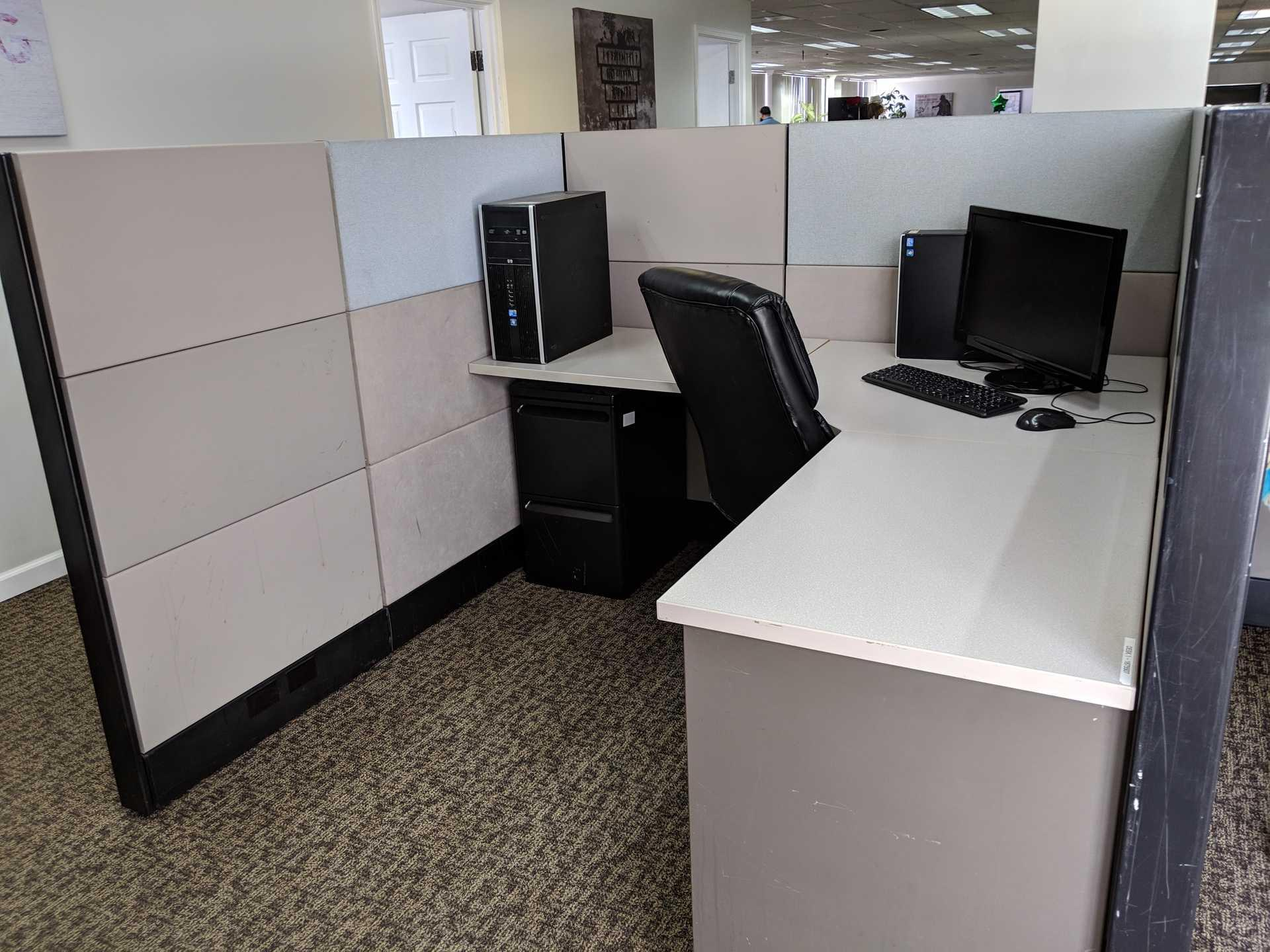 Push Live-Santa Ana - Dedicated Cubicles with Game Area