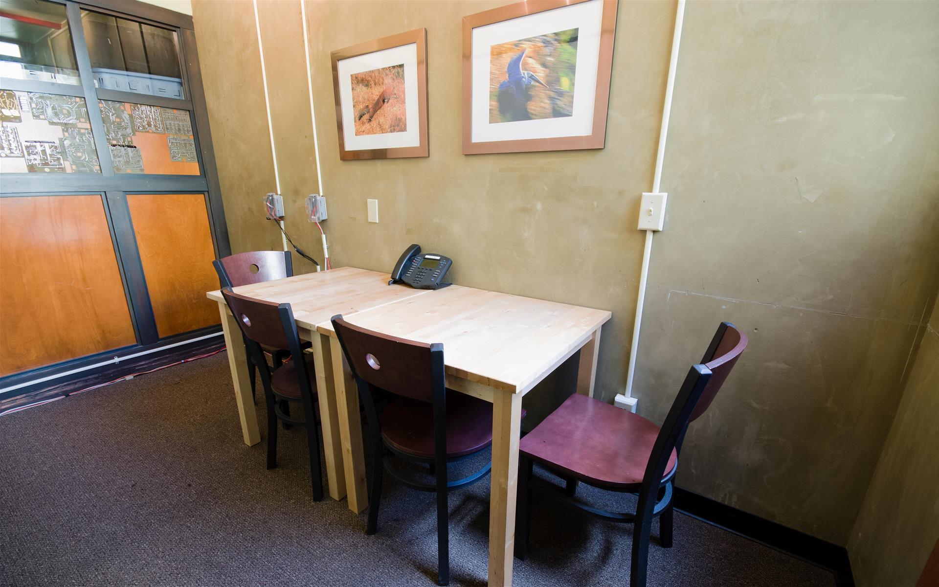 NextSpace Santa Cruz - Stripe Room