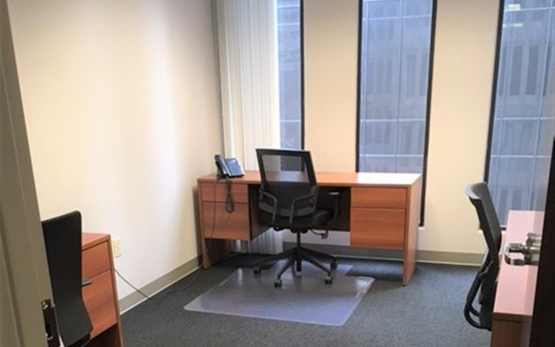 Peachtree Offices at Downtown, Inc. - Coworking Desk 1