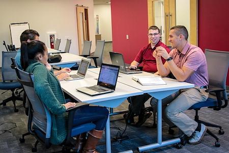 Eastern University Center City - Desk 2