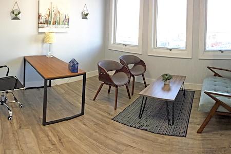 LB Co-Works - Office Suite 2