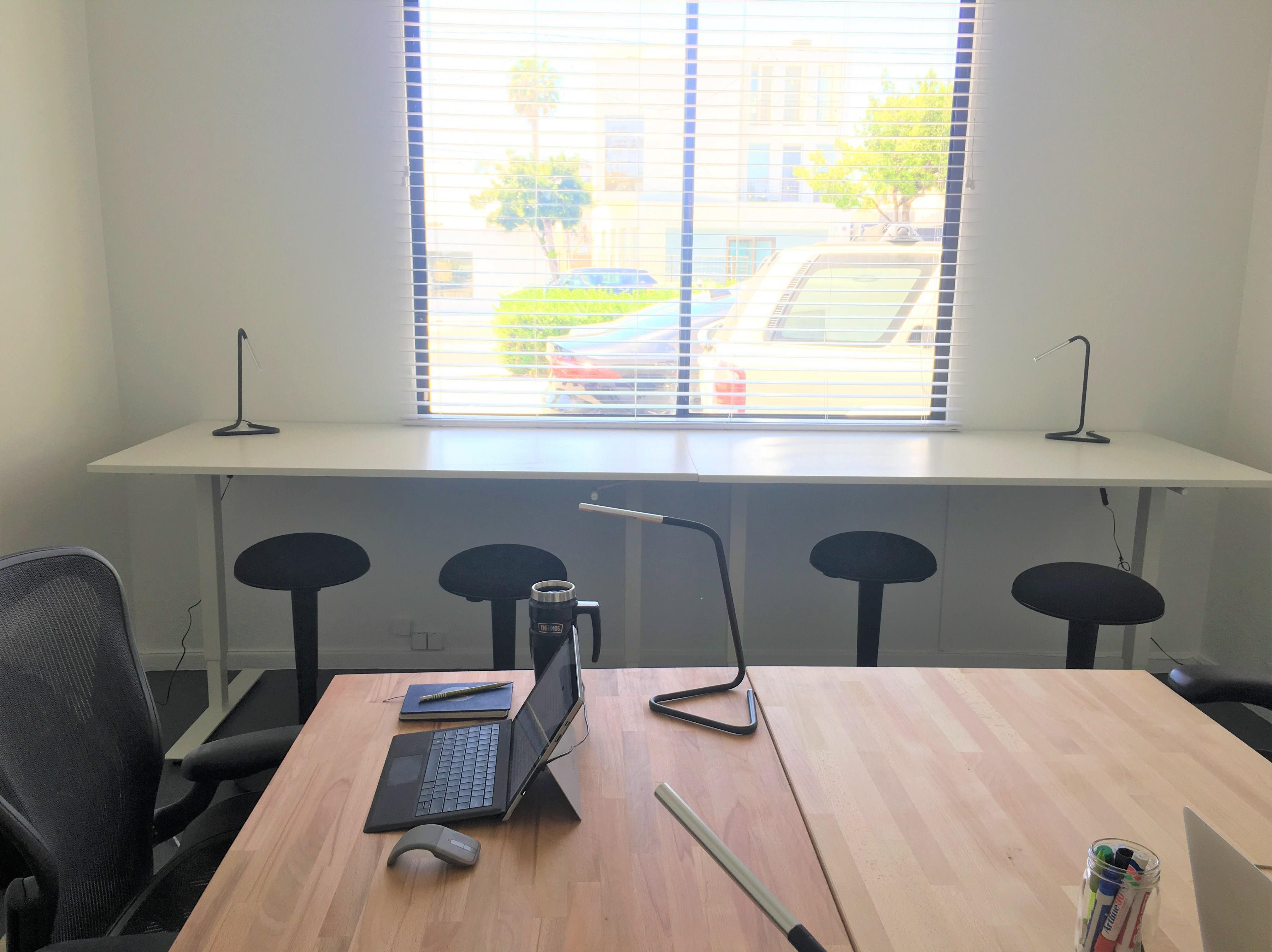 BeachHouse CoWork - Office for 3-4 People