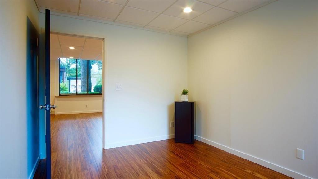 Rent a desk/shared office space - Private Office 1